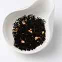 Красный чай с лепестками жасмина